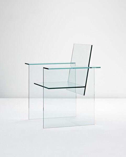 sillas transparentes de metacrilato vidrio de plastico